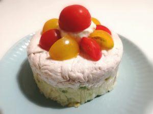 鶏肉とポテトサラダのケーキ