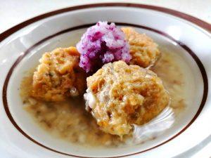 鮭と里芋まんじゅうのぽかぽかスープ
