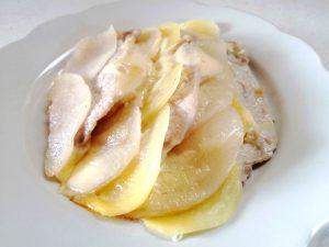 豚肉と梨とじゃがいものチーズ蒸し