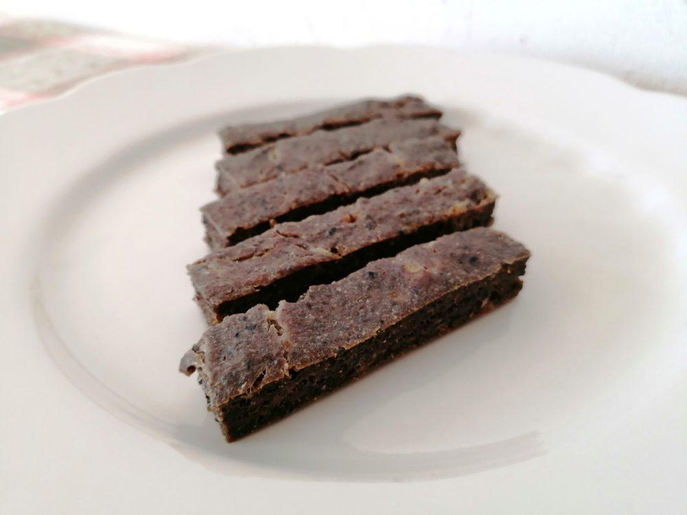 黒ごまチーズ入りバナナレバーケーキ