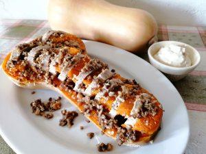 南瓜と豚肉ピーナツヨーグルトソース